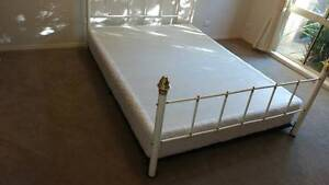 Queen size Brass Bed Pakenham Cardinia Area Preview