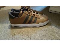 Adidas trainers size 7 (Brown)