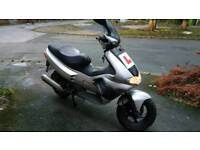 Gilera runner vxr200 registered as a 125 quick 4 stroke l@@k