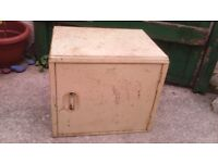 Vintage worcester ware tin larder box / meat safe Made in England