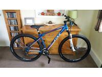 GT Mountain Bike (M) - £600 Bike