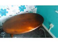 O.N.O Oval solid wood coffee table
