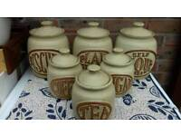 Assorted kitchen ware