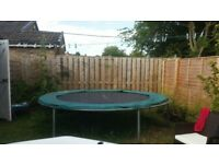 10ft trampoline, no netting. Really good condition