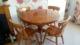 FARMHOUSE PEDESTAL TABLE AND 4 CHAIRS