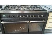 Big gas cooker with 2 ovens