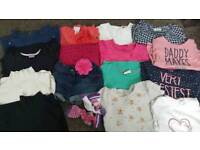 A huge bundle of girl's clothes from 2 to 4 yrs old girl