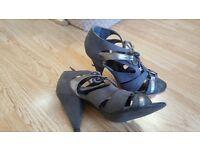 Faith silver grey gladiator sandal size 5