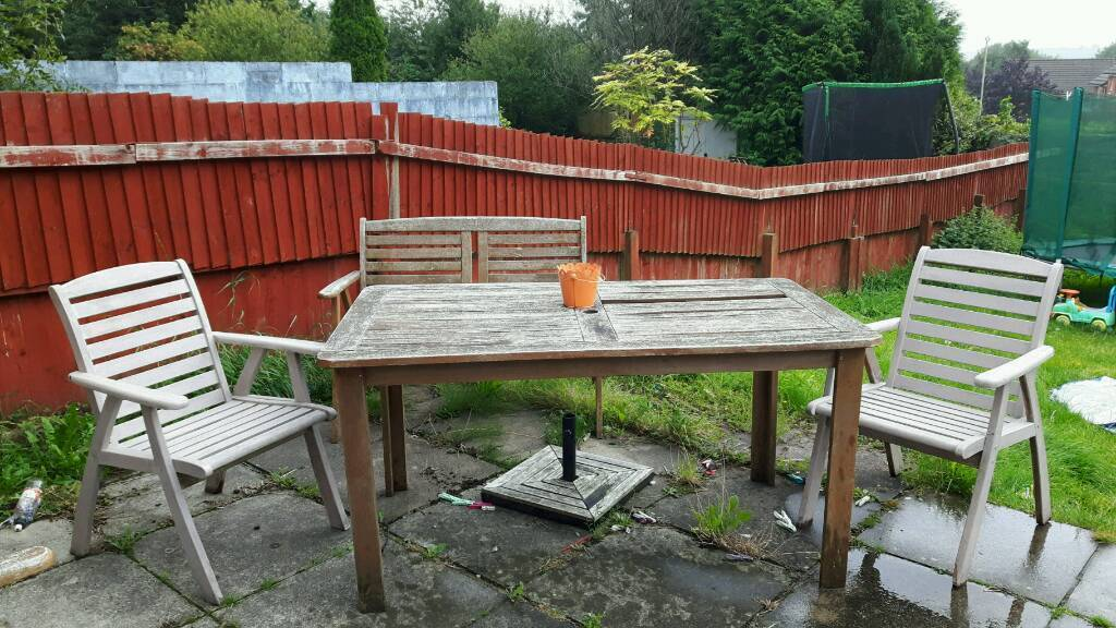 Garden table, bench and chairs