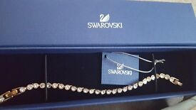 3swarovski crystal rose gold bracelet second hand great condition perfect xmas present