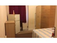 ^^ Double room single use available on 28th^^ WILLESDEN GREEEN only £135pw with all bills included