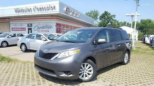 2013 Toyota Sienna LE AWD!!!!! SUPER DEAL!!!!