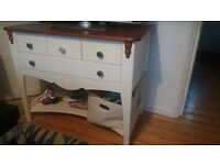 Baby chaild chest of drawers / changing unit
