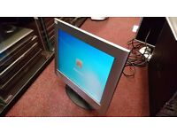 Silver L14w LCD Pc Mac VGA Monitor