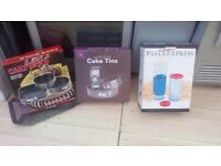 Baking tins and pasta microwave cooker