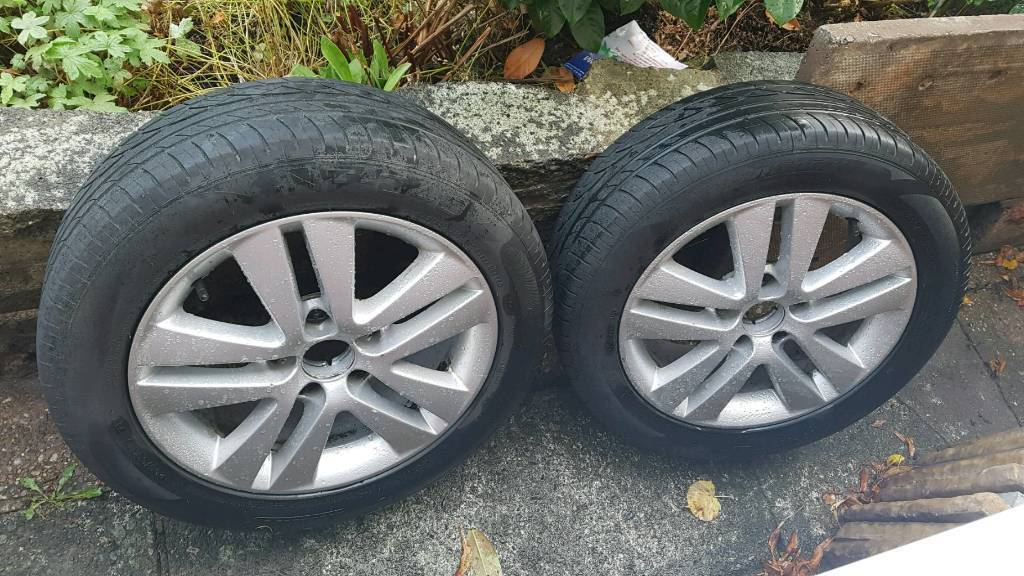 Pair Of Alloy Rims 17 Inches Dia 5x110mm Vauxhall Zafira In