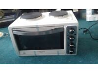 Mini oven with 2 electric plates Brand New
