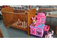 mamas and papas cot, with changing station, pristine,can deliver