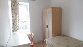 Single room in Westferry(zone 2) 135pw! BILLS & WIFI INCLUDED!