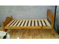 Set of pine. Gest single beds / chest of drawers / desk and stool