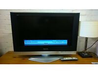 Panasonic TV with remote (delivery available)