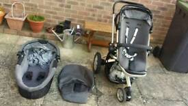 Quinny buzz pushchair / pram & carrycot