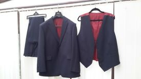 Mans M&S pure new wool 3 piece suit