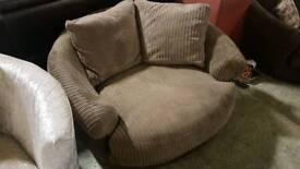Swivel comfort chair