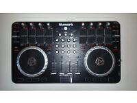 Numark Mixtrack Quad 4-Channel DJ controller