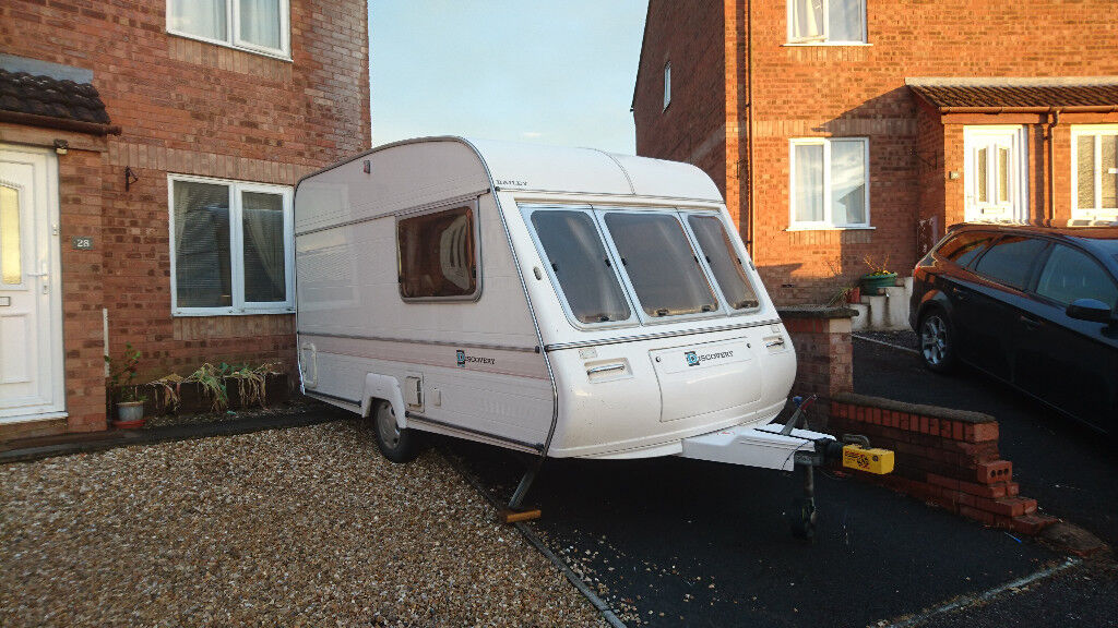 1994 BAILEY DISCOVERY 2 BERTH CARAVAN + AWNING | in ...