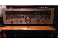 Luxman R-1050 AM/FM stereo receiver/amplifier