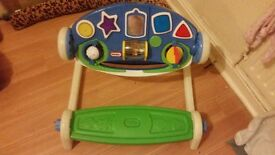 Activity table with seat