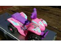 Quad bike style kiddies scoot along outdr toy...