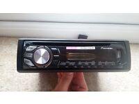 Pioneer DEH-1600UB CD/MP3 Car stereo system USB/AUX input
