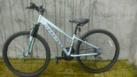 Ridgeback x3 mountain bike