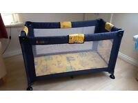 TRAVEL COT with mesh sides, end opening and storage pocket
