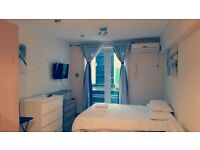 Family Studio sleeps 4 Bayswater from £350 per week