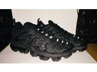 Men Vapormax Plus size 9