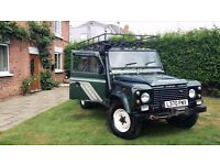 Landrover Defender 110 300Tdi County 1994, 9 seats, Green; Good condition and runs well