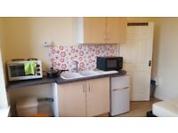 Furnished studio room available in Aston