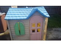 Little tikes playhouse £25