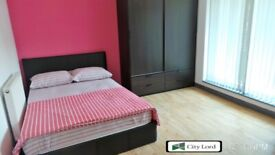 ROOMS TO LET in Newly Built 3 Bedroom Apartment with Balcony on Raven Row, Whitechapel E1