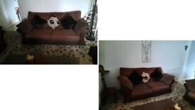 Beautiful chunky waffle/honeycomb fabric 3 seater and 2 seater brown sofas amazing comfort