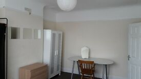 £700 all bills included for large double room, 3mins away from tooting bec station