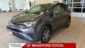 2016 Toyota RAV4 AWD, LE, TCUV Eligiable, Carproof Clean, Safety