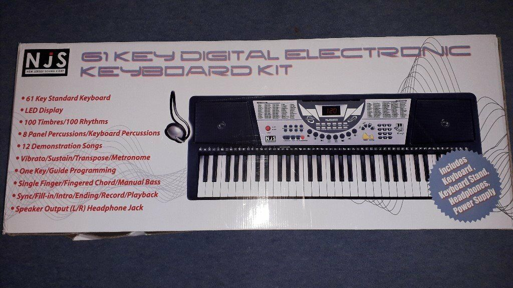 Electronic keyboard piano kit with stand  | in West Kilbride, North  Ayrshire | Gumtree
