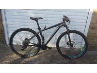 "Specialized Rockhopper Comp Fresh Condition Medium Frame ""17.5"" (Not Trek,Giant,Carrera, Cannondale)"