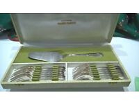 Set of 12 pastry forks and cake server French silver afternoon tea set