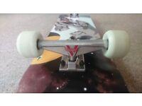 Skateboard (new custom made)