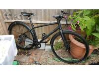 Whyte Shoreditch size small 2016 disc brake *specialized Pinnacle Cube Giant cannondale boardman*